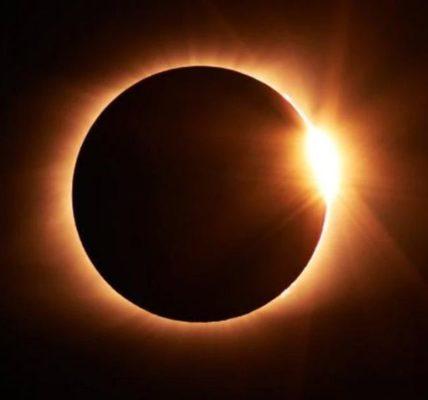 http://www.timebulletin.com/wp-content/uploads/2019/12/annular-solar-eclipse.jpg