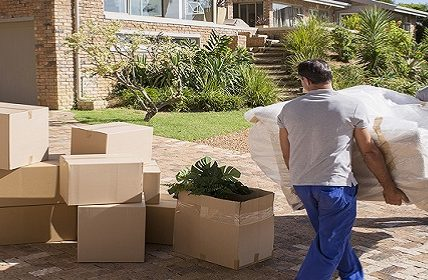 How to pack and load your moving items safely during a pandemic