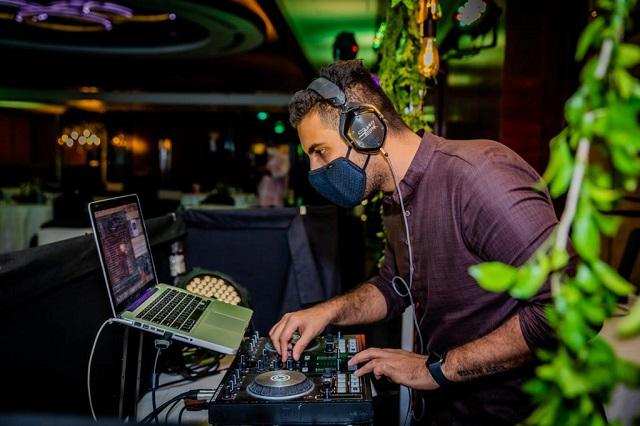 DJ Sunny Deepak Mask On and Groove on