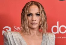 Jennifer Lopez shocks fans with new edgy short hair style at AMAs 2020