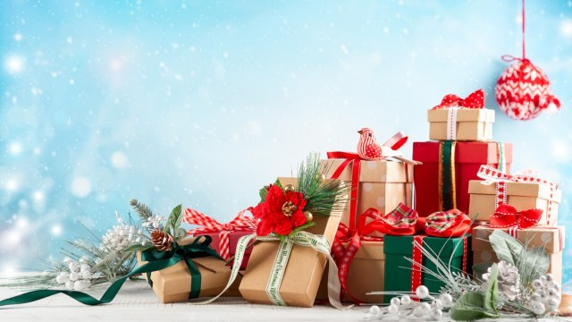 9 Best Christmas Gifts Under 50 in 2020