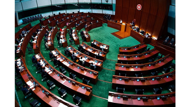 China clearly diminishes elected seats in the Hong Kong assembly