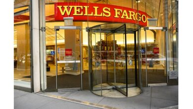 Wells Fargo plans to take representatives back to the office after Labor Day in September