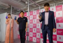 Rakuten Mobile holds a ceremony to launch iPhone series sales at the Roppongi store