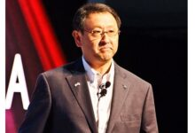 Toyota President and CEO Akio Toyoda becomes first Japanese World Car PERSON of the Year 2021
