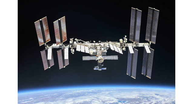 NASA team up with Axiom Space for SpaceX Crew Dragon and first private human astronaut mission to the International Space Station in 2022