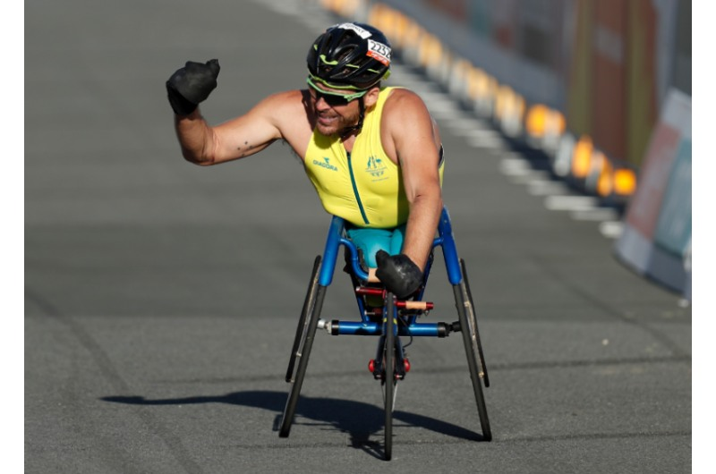 Apple collaborates with Australian Paralympian Kurt Fearnley for Time to Walk or Push episode